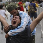 maradona1 crop1606398986721.jpeg 242310155 - Fanáticos se despiden de Diego Maradona en Argentina