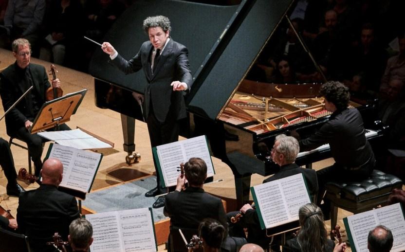 Gustavo Dudamel - Gustavo Dudamel fue reconocido con la Medalla de Oro al Mérito en las Bellas Artes 2020
