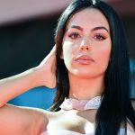georginarodriguezgetty1 - Más sensual que nunca, Georgina Rodríguez posa en la cama usando un body de encaje con transparencias