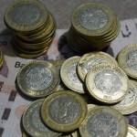 monedas billetes 10 pesos 500 pesos - Mexicanos desempleados retiran 66.4% más de sus Afores que en 2019. Son 18,281 millones de pesos