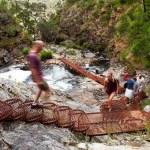 parque australia - Mujer cae desde un mirador cuando se tomaba una foto frente a sus familiares en Australia