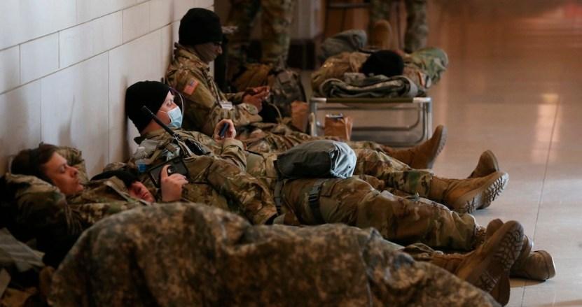 393e190f95bf681ae9bd9dbcfd977318506acb7e - Brote de la COVID-19 se registra entre los soldados que fueron desplegados en Washington, EU