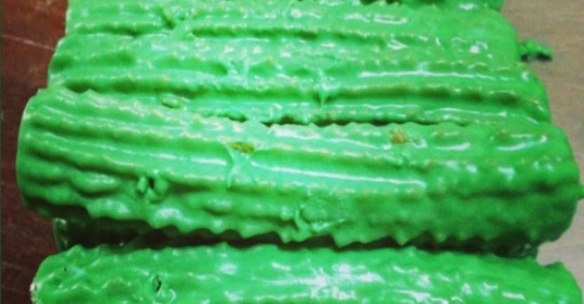 Fondo churros menta - Crearon churros de menta rellenos con una pasta de limón. Una refrescante alternativa a la receta