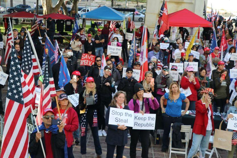 IMG 6720 - Discursos patriotas y violencia en manifestación a favor de Trump