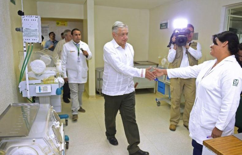 amlo empleos salud  - Cada día 128 personas logran un empleo en el sector médico desde la llegada de AMLO