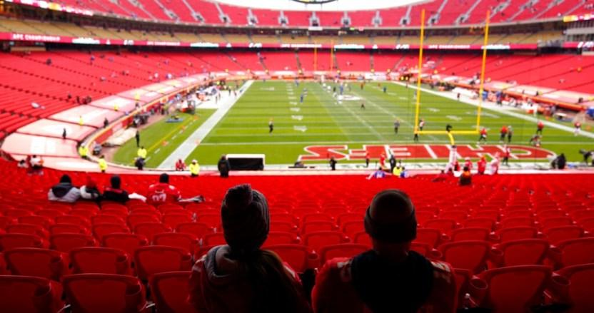 """estadio jefes chiefs kansas - La NFL evita la debacle financiera en medio de la pandemia; dueños esperan que sea """"algo de un año"""""""