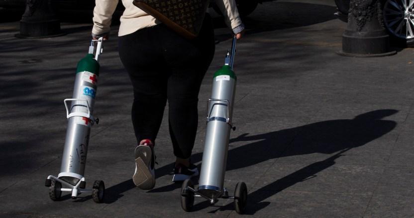 oxigeno 3 - Demanda de tanques de oxígeno por COVID abre la puerta a estafas, robos y otro delitos en México