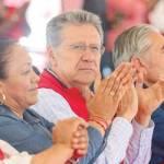 politico - Antorcha Campesina se adjudica obtención de vacunas; redes los tunden