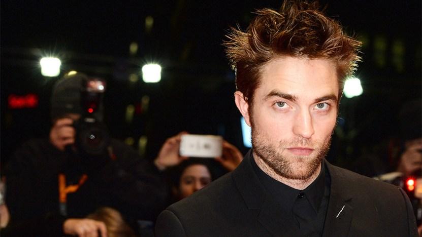"""robert pattinson - Revelaron que Robert Pattinson vive un calvario en el rodaje de """"The Batman"""""""