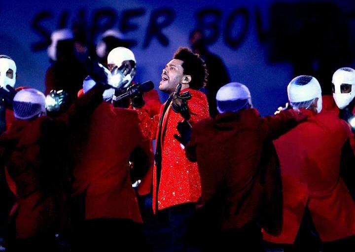 6BCF4948 9CA8 4E00 9434 F3BCB38391B0 - Super Bowl: The Weeknd decepciona en un show con problemas de sonido