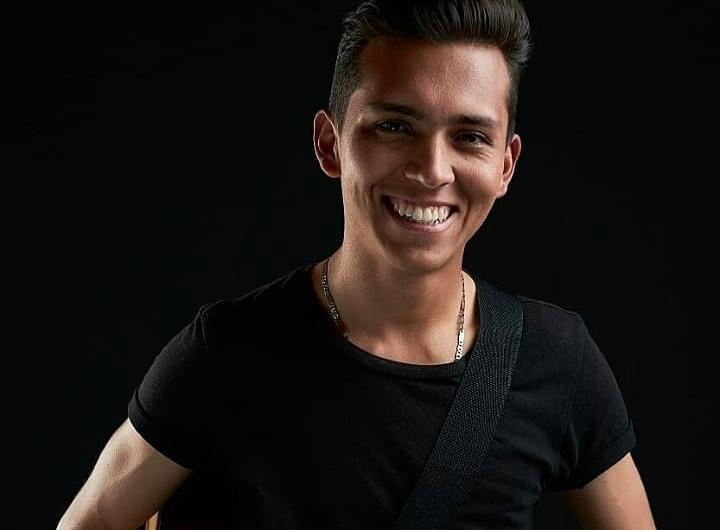 E80697E6 1675 4207 83CD CE8E6F25E744 - Jhon Anders, el cantante colombiano que busca revolucionar la música