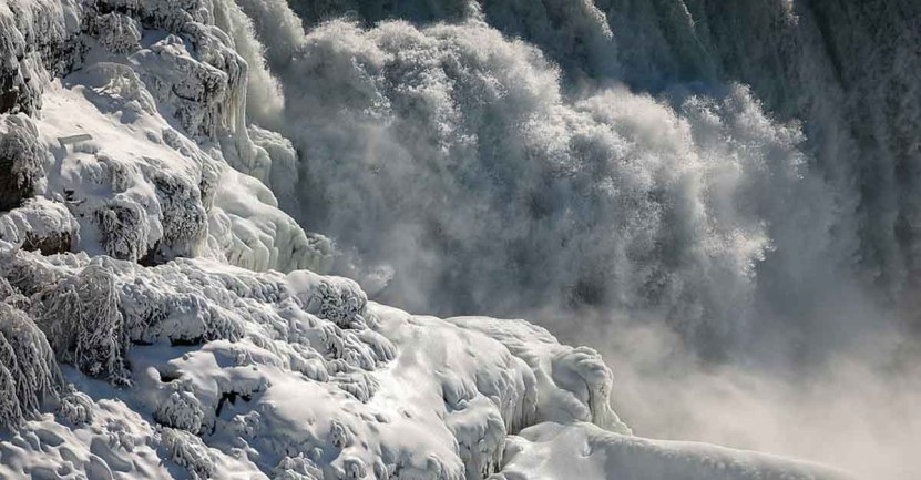 cataratas del niagara estados unidos001 - El frío sigue castigando sin piedad a Estados Unidos. Ahora se congelaron las cataratas del Niágara