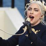 lady gaga - Lady Gaga ofrece recompensa de 500 mil dólares a quien le regrese a sus perros que fueron robados