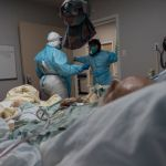 GettyImages 1230376684 - Hispano de Texas se despide de sus siete hijos antes de morir de COVID-19 en desgarradora videollamada