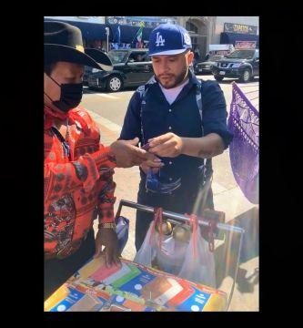 albumtemp 39 - Vendedores ambulantes en LA reciben ayuda para defenderse