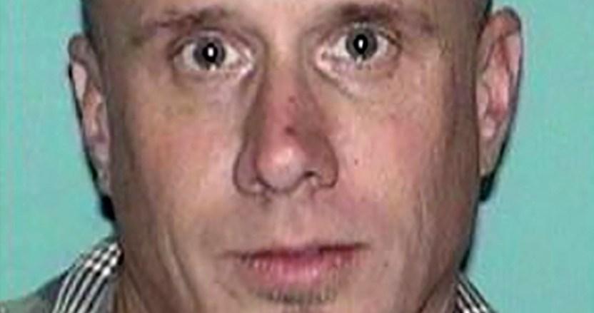 asesino serial - Un hombre acusado de asesinato en EU confiesa haber matado a 15 personas más, entre ellas su exesposa