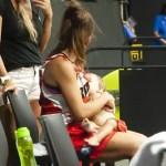 basquetbolista madre hija argentina - Basquetbolista amamantó a su hija en el entretiempo y ganó el juego. Nunca se deja de ser madre