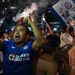 cuartoscuro 816949 digital - VIDEOS: Ángel de la Independencia se vuelve epicentro de fiesta celeste