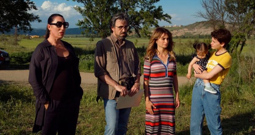 madres paralelas - Pedro Almodóvar termina el rodaje de su película Madres paralelas