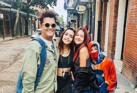 1 41 - Hija de Carlos Vives reiteró que es lesbiana y envío un mensaje a los hombres