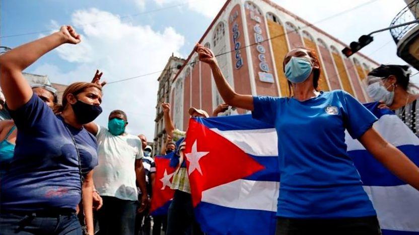 """119366180 ae3f30da 4f7a 4c95 89b3 bb3fc254a7d5 1 - """"Nuestro pueblo es heroico"""": las voces de los cubanos que apoyan al gobierno de Díaz-Canel"""