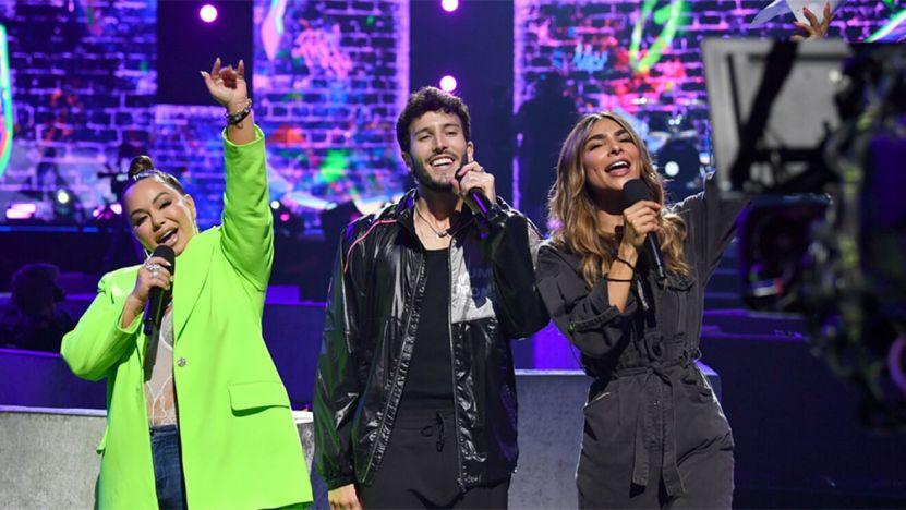 16269906519729 - Premios Juventud 2021: Karol G arrasa, Natti Natasha estrena y Chyno & Nacho se reencuentran (Ganadores)