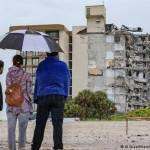 58048015 303 - Topos mexicanos se quedan con las ganas; les niegan acceso a edificio de Miami