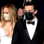 34e38e60a321d7e43cf1a1373da4d4229401cf18 scaled - Ben Affleck y Jennifer López se robaron las miradas en el Festival de Venecia (Fotos)