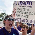 """GettyImages 543297530 - Un médico de Texas realizó un aborto en violación de la nueva ley porque """"tenía el deber de cuidar"""""""