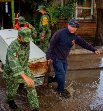 inundaciones aguascalientes - Casas se inundan por desborde de presa San Blas en Aguascalientes; abren albergues