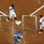 GettyImages 1348333157 - Lesiones, agotamiento y mala estrategia condenaron a los Dodgers, que cedieron la corona en Atlanta