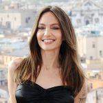 angelina dia roma getty1 t - Angelina Jolie se borró el tatuaje dedicado a Brad Pitt... pero no todo salió como ella esperaba (FOTO)
