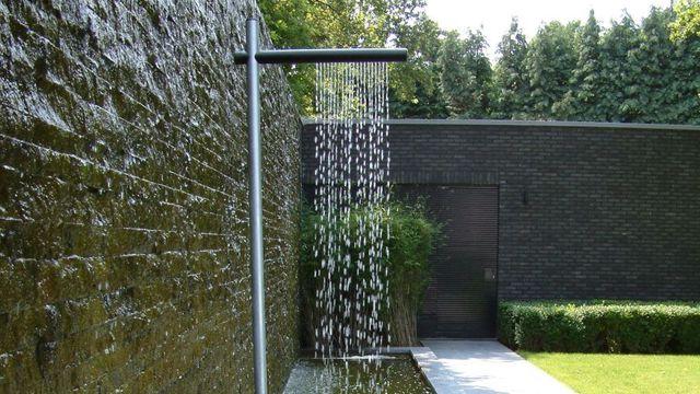 des douches d exterieur pour un coin de