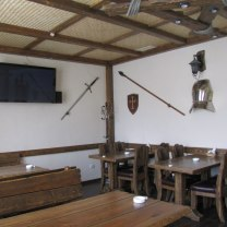 Деревянный зал