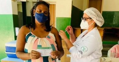Conchal vacina 194 profissionais da educação acima de 47 anos de idade contra a Covid-19 no último domingo