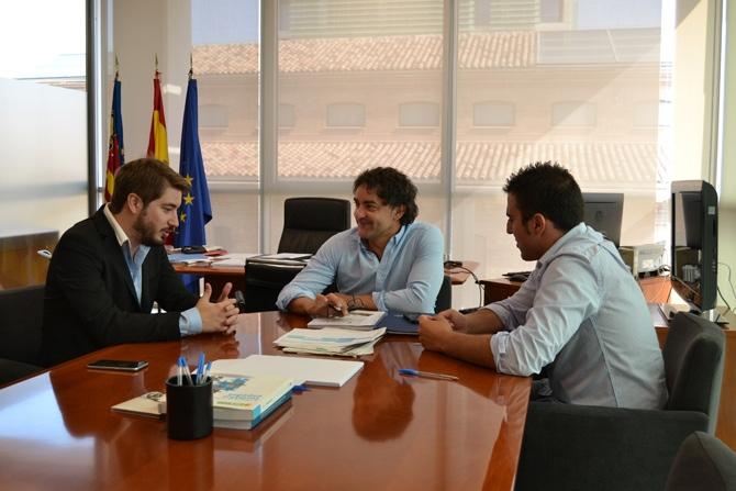 """La Agència Valenciana del Turisme asumirá la promoción y difusión del """"Mano a Mano"""" de Buñol"""