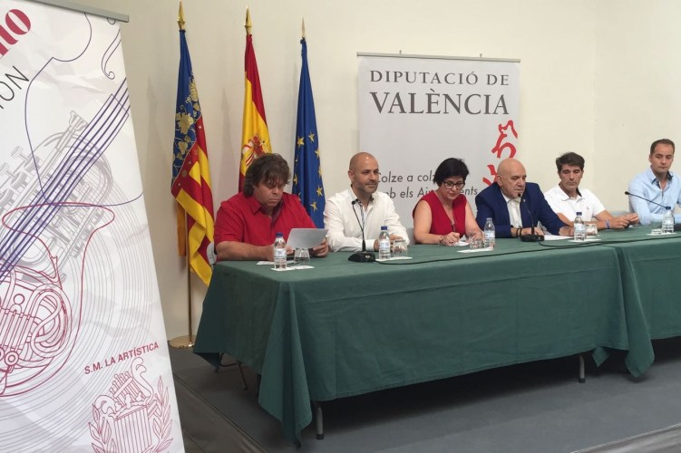 """""""La Armónica"""" y """"La Artística"""" interpretarán obras de estreno en la 44ª edición del """"Mano a Mano"""" de Buñol"""