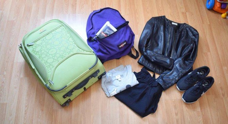 Maleta de cabina, mochila y ropa de viaje, todo lo que necesitas para viajar en avión sin facturar ninguna maleta