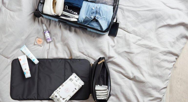 Maleta de cabina bien organizada para viajar y no facturar equipaje