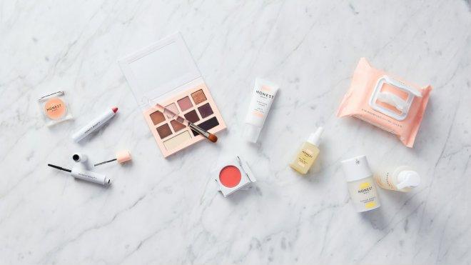 Maquillaje en formaot pequeño ideal para viajar sin facturar