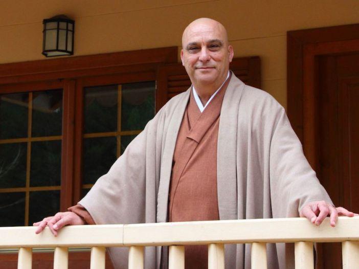 Fotografía del maestro zen Dokushô Villalba