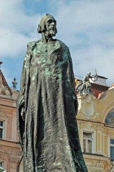 Statue_jan_hus