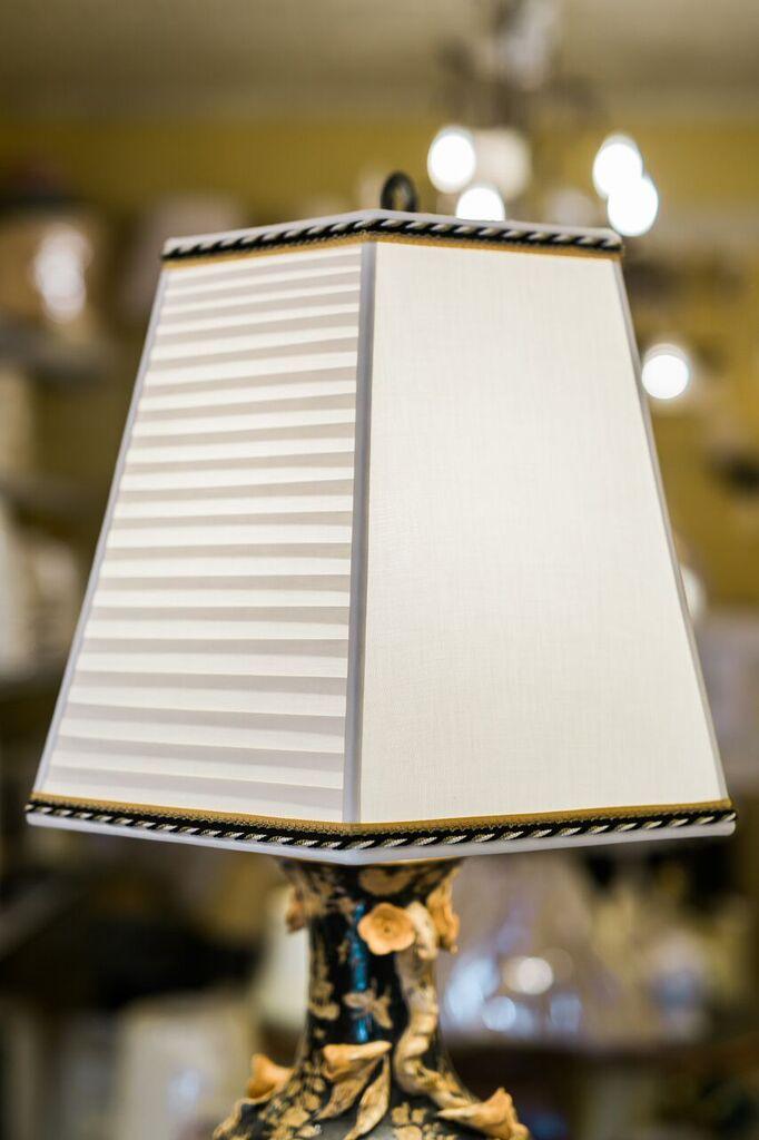 Horizontal Lampshade Pleated Shade