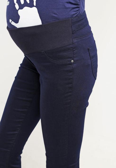 Gravidanza e dintorni: 5 cose che a tutte le mamme farebbe comodo sapere jeans.jpg