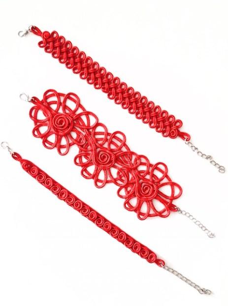 Rosso Natale, braccialetti rosso caprese