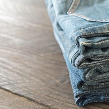 Jeans: miniguida su come scegliere quello perfetto
