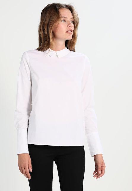 La camicia bianca: 10 consigli di shopping per voi5