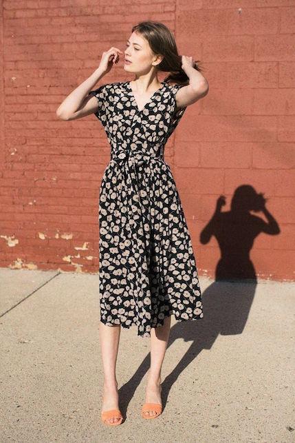 Cosa indossare quando si allatta: l'abito a vestaglia