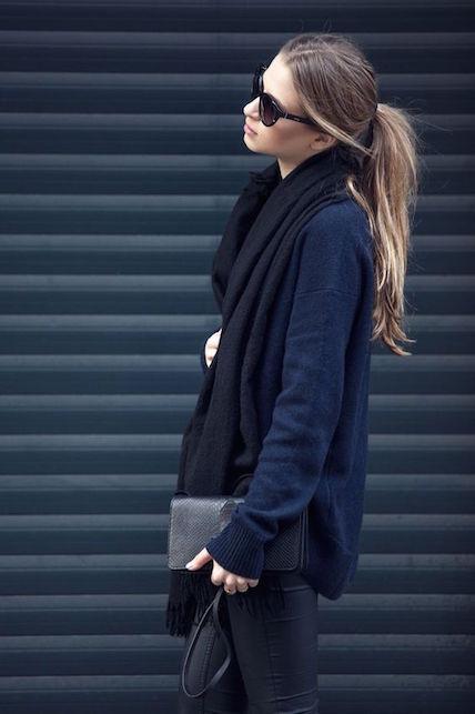 Come abbinare blu e nero: 5 idee di look facili