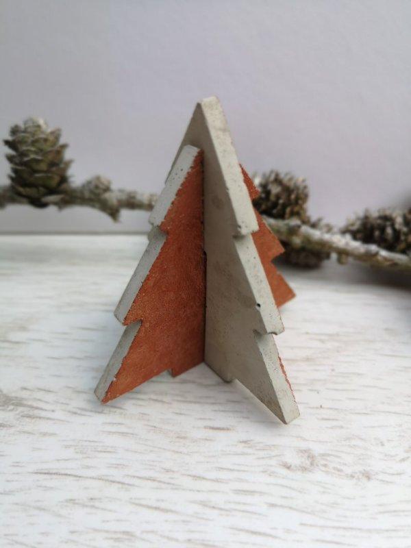 Concrete Christmas Tree photo 1